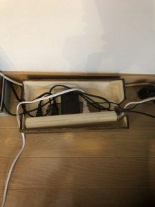 ボックスに配線を収納